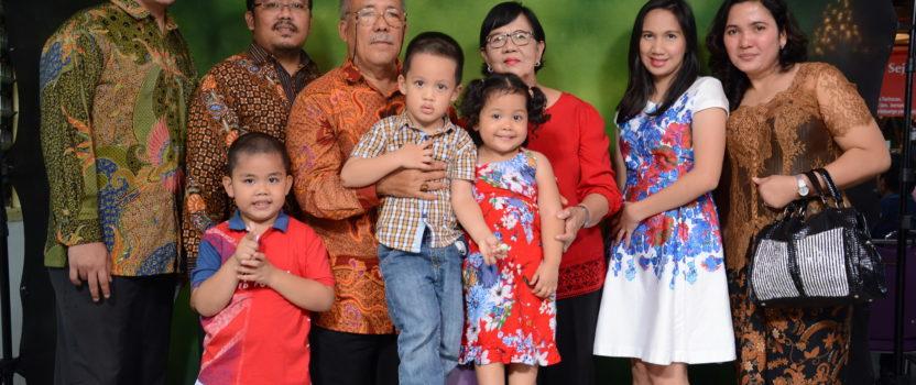 Foto Keluarga Pesta Bona Taon 2017 Parsadaan Raja Tarihoran, Boru dan Bere se-Jabodetabek